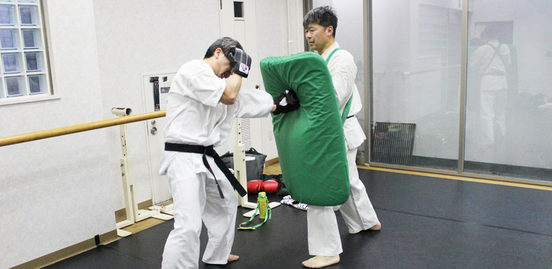 渋谷空手スクール一般コース練習